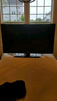 """Samsung 40"""" LCD TV Harpers Ferry, 25425"""