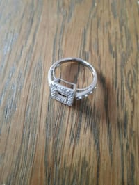 Sterling silver 925 ring size 7.5