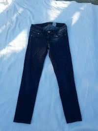 H&M super low rise jeans size 26/32 Alameda, 94502