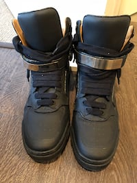 Givenchy High Top Sneakers size 11 NORTHHOLLYWOOD
