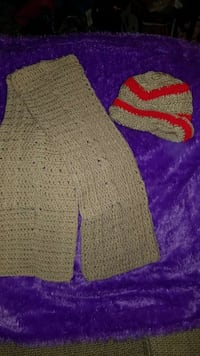 Handmade crotchet scalve /hat Capitol Heights, 20743