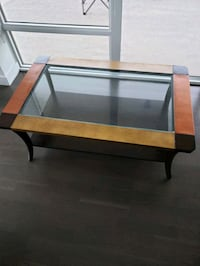 Coffee Table for SALE White Rock, V4B 3Z5