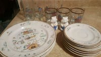 white and blue floral ceramic dinnerware set Falls Church, 22041