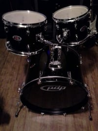 Pdp z5 drum kit with extras!