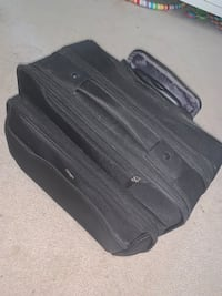 Traveling Suitcase Sterling, 20165