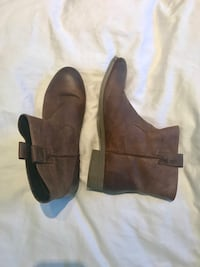 Women's brown leather boots - brand Windersor Smith Toronto, M9B 5G3