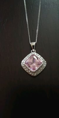 Necklace crystal. Nashua, 03064
