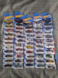 Hot Wheels, 100 different hot Wheels brand new in