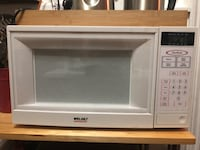 white General Electric microwave oven New York, 11369