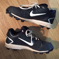 NIKE SPORTS (soccer/football) CLEATS SHOES - kids size 10 Metuchen, 08840