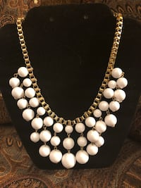 White Statement Necklace Youngstown, 44514