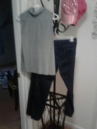 "NEW RUE21  skinny jeans 27"" and navy blue and  Myrtle Beach, 29579"
