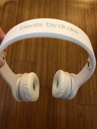 Beats by Dr. Dre Solo HD Headphone wired- Matte White - Like NEW! Los Angeles