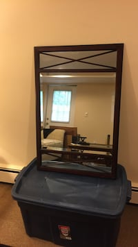Bombay wall mirror excellent condition  Miller Place, 11764