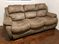 Couch, sofa with double reclining Mississauga, L5N 6X8