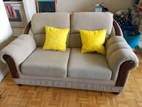 2 Seater Couch- Sturdy and Solid wood frame Toronto, M4R 1V2