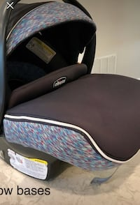 Chicco KeyFit 30 infant car seat with second base