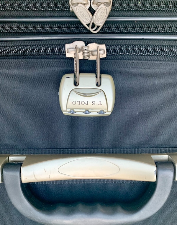 Very durable, heavy duty, big capacity Suitcase- Luggage. 3fe23442-96e8-4bed-8d0b-9f79c0f56f49