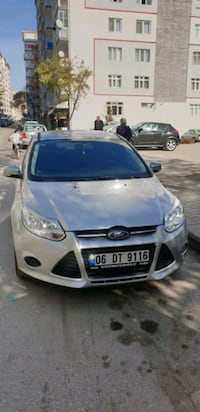 2012 Ford Focus HB 1.6I 125PS TREND