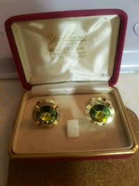 pair of gold-colored and green gemstone earrings Toronto, M1W 3Z3