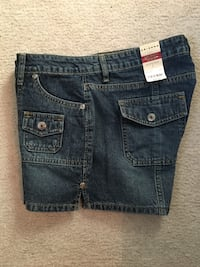Arizona hipster jean shorts size 7, New. Bondurant, 50035