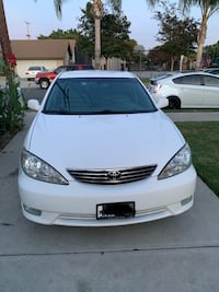 2005 Toyota Camry XLE clean title and car low miles!@@! Anaheim