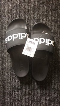 Adidas Brand new men's sz9 slippers  Edmonton, T6L 6X6