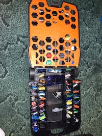 Hot Wheels Rolling Case With 61 Original Hot Wheels Cars