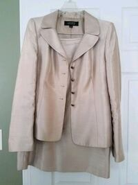 Beautiful business suit for sale