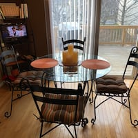 round glass-top table with four chairs Waldorf, 20602