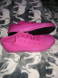 New hot pink women's airwalks Tulsa, 74115