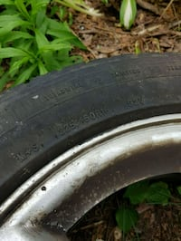 225 / 50 R16 all season tire and rims Kitchener, N2M 1G8