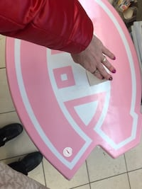 Néw in package Canadians pink hockey table Laval, H7T 1C8
