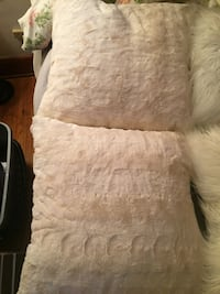 2 cream/ off white couch pillows very clean bought at pier 1 imports Buffalo, 14215