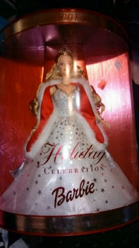 Barbie doll in white dress Doyle, 38559