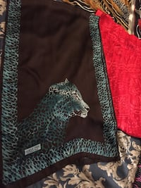 8 silk Turkish shawl ,mint condition  London, N5Y 4K5