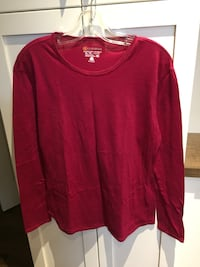 Woman's top size XL  London, N6M 0E5