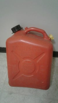 2.5 Gallon Gas Container  3125 km