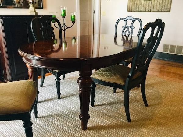 Thomasville Furniture Fredericksburg Mahogany Dining Room Table and Chairs  set Hey we are moving! Best deal ever!