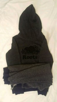 Roots Hoody. Like new. Size L/G.   Mississauga, L5V 2P3