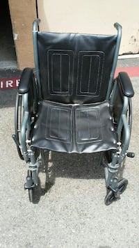 Medline wheel chair. Excel 1000 Oceanside, 92057