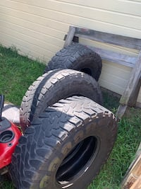 37 inch open country tires Brandon, 39047