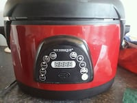 red and black Crock-Pot slow cooker Edmonton, T5H 3T3