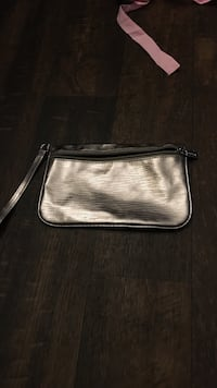gray and black leather wristlet Odessa, 79761