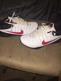 Size 9 Nike shoes. Never been worn!!!! Columbus, 31904