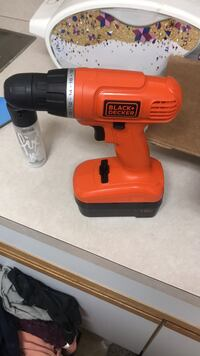 Red and black black & decker cordless hand drill East Amherst, 14051