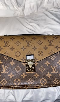 Louis Vuitton Metis Pouch Baltimore, 21220