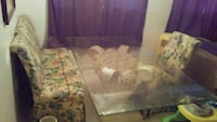 Big glass table with 4 chiars Hagerstown