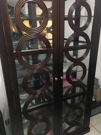 Cabinet good condition Lauderdale Lakes, 33313