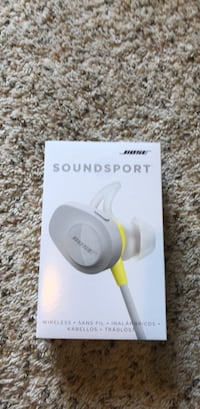 bose soundsport wireless headphones Howell, 48843
